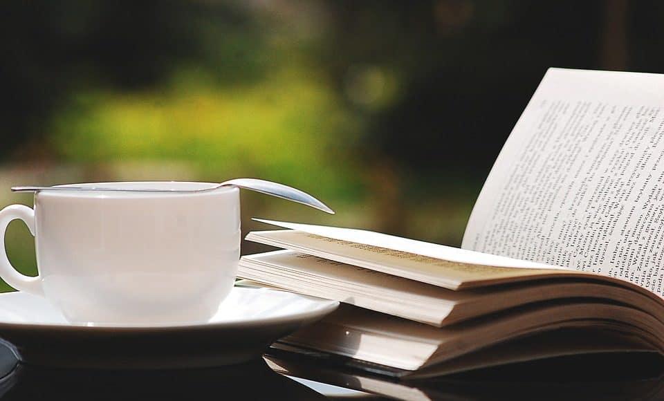 seniors books coffee