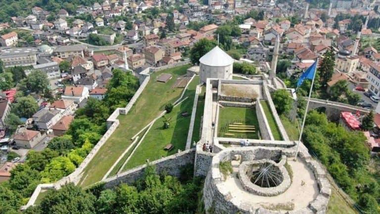 travnik stari grad 768x432 1
