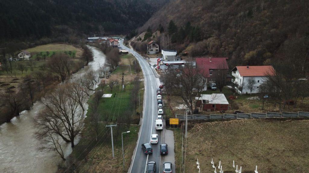 "(FOTO/VIDEO) Sa radom počela benzinska crpka ""Tioil"" u Donjem Vakufu"