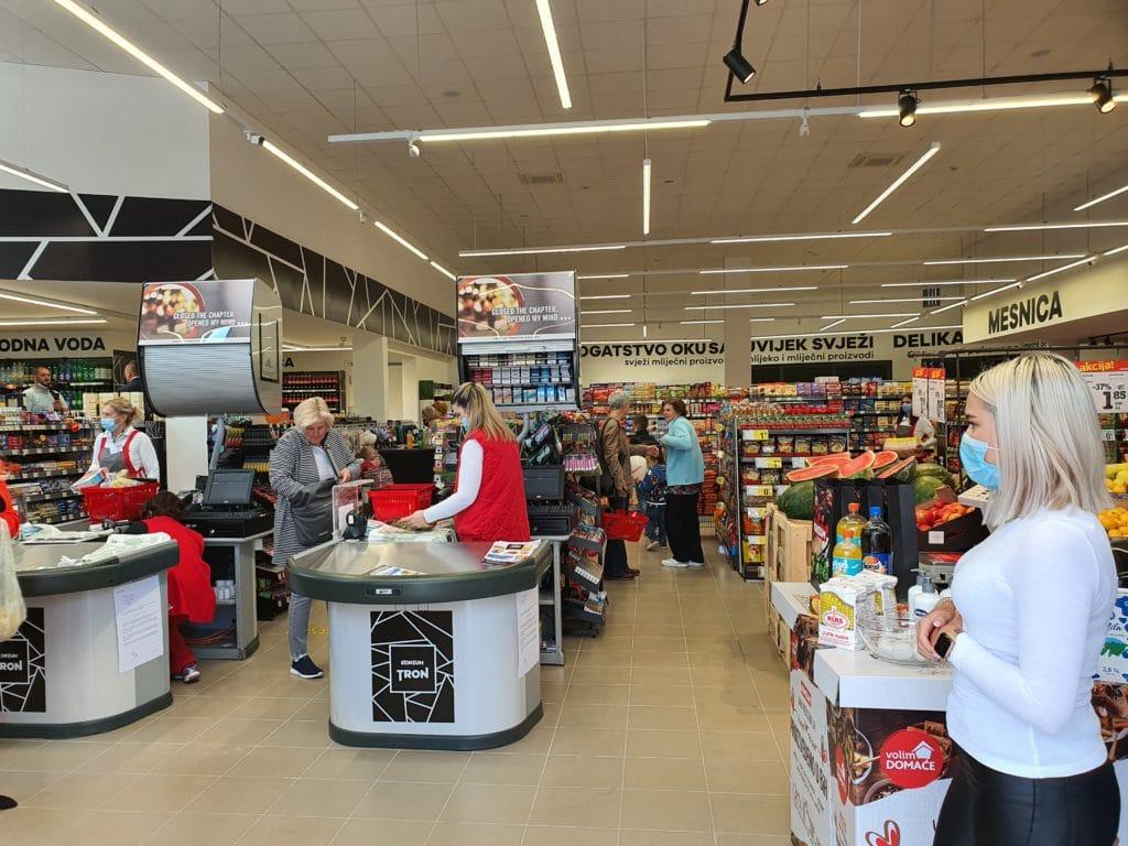 (FOTO) Otvorena nova prodavnica Konzum Tron